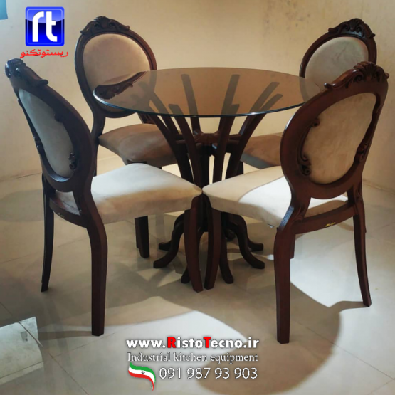 میز و صندلی