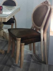 صندلی پلیمری آرام