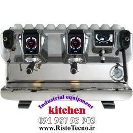 دستگاه-قهوه-ساز-تمام-اتوماتیک-صنعتی-FAEMA-E71